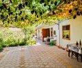 Гостевой дом «Глория» с бассейном