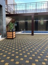 Гостевой дом «Прохлада**» с бассейном